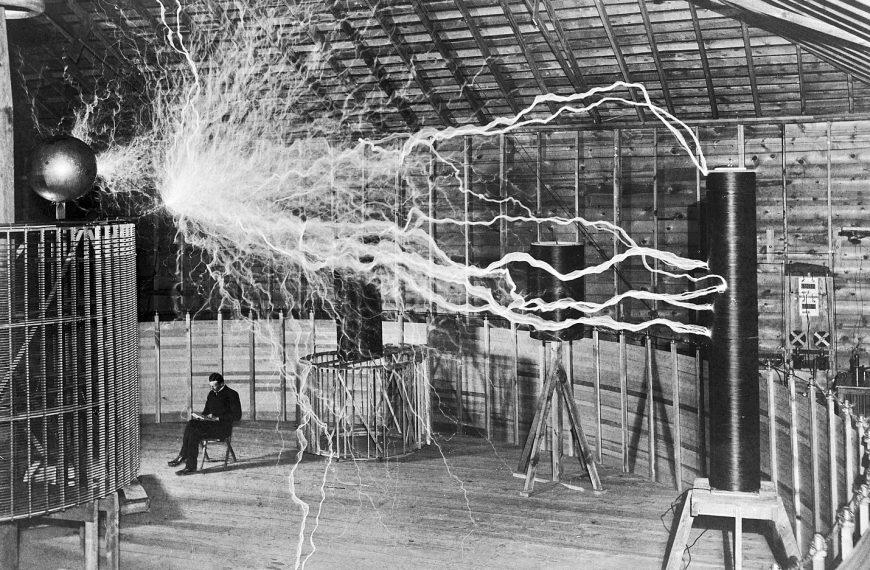 Le prix de l'électricité. Essai de contribution à l'Encyclopédie des nuisances